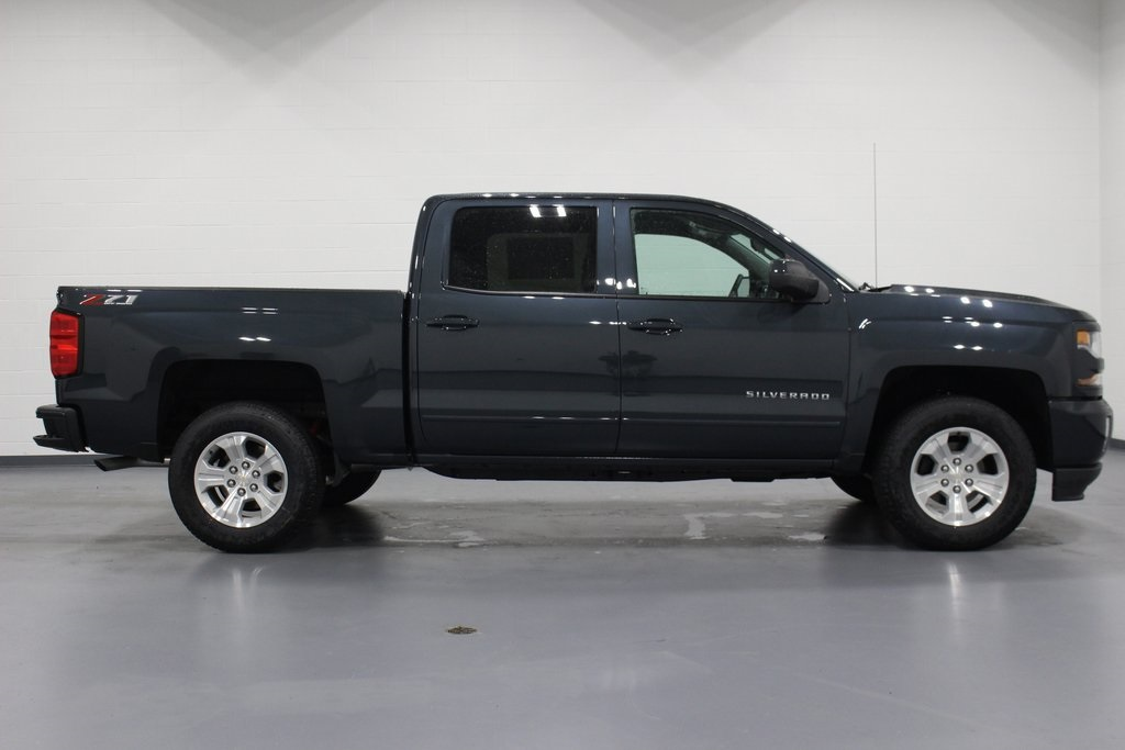 2018 Silverado 1500 Crew Cab 4x4,  Pickup #E21670 - photo 8