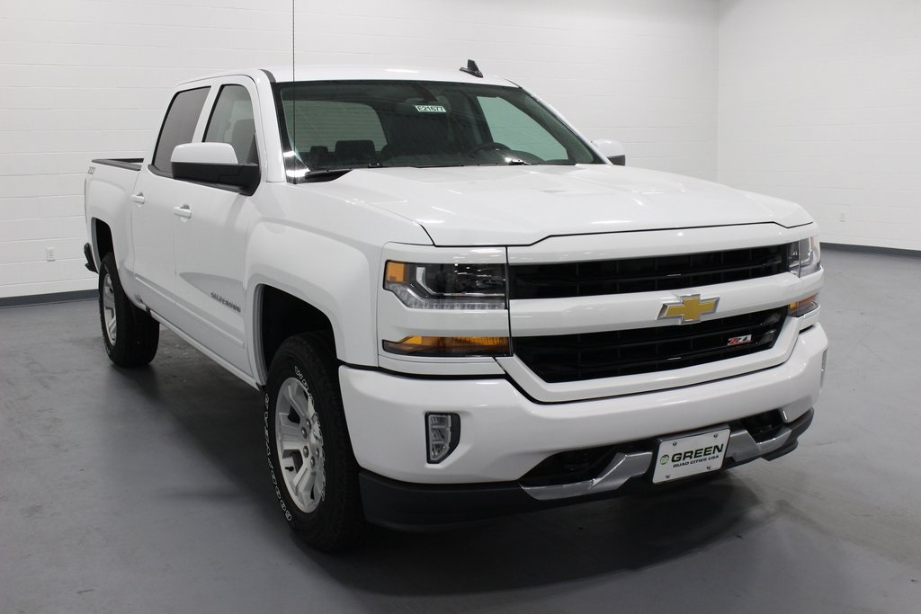 2018 Silverado 1500 Crew Cab 4x4,  Pickup #E21677 - photo 3
