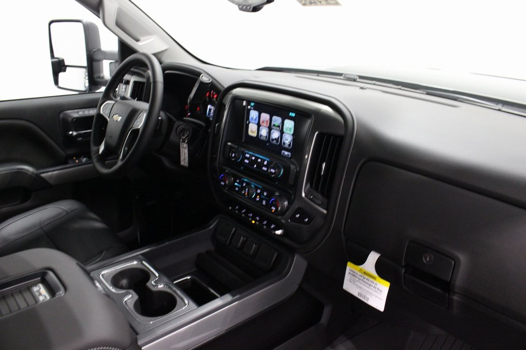 2019 Silverado 2500 Crew Cab 4x4,  Pickup #E21689 - photo 40