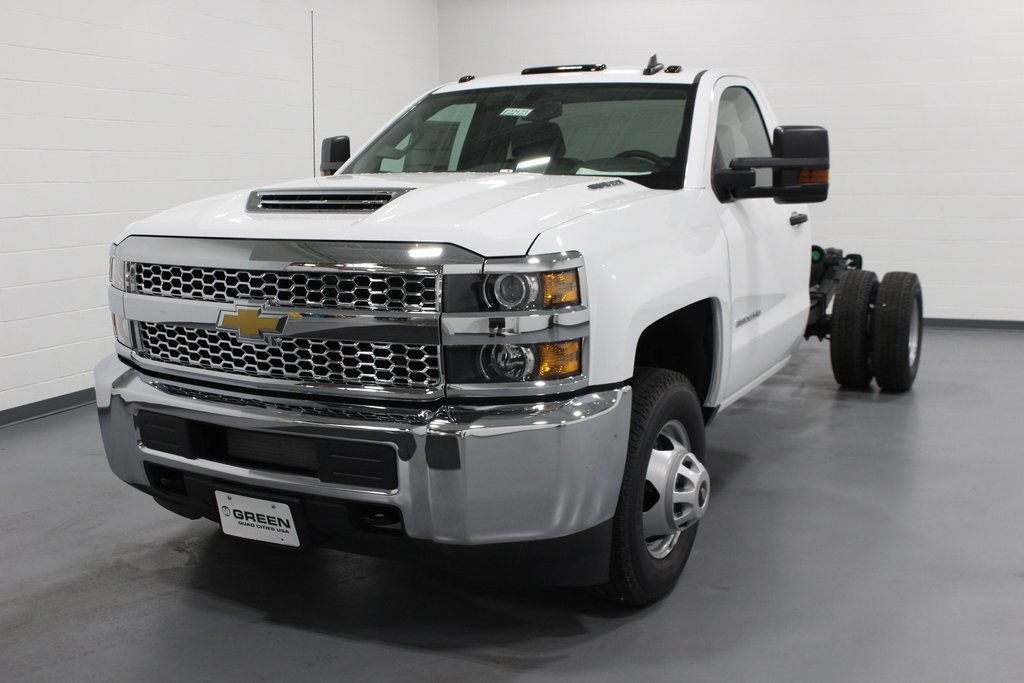 2019 Silverado 3500 Regular Cab DRW 4x4,  Cab Chassis #E22123 - photo 1
