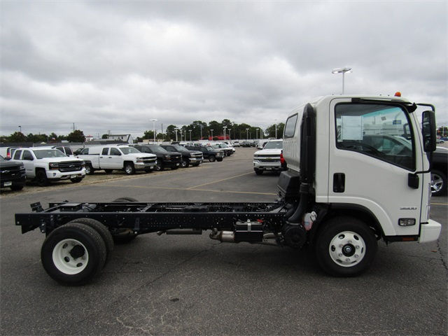2016 LCF 3500 Regular Cab, Cab Chassis #C1040 - photo 6