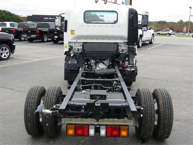 2016 LCF 3500 Regular Cab, Cab Chassis #C1040 - photo 7