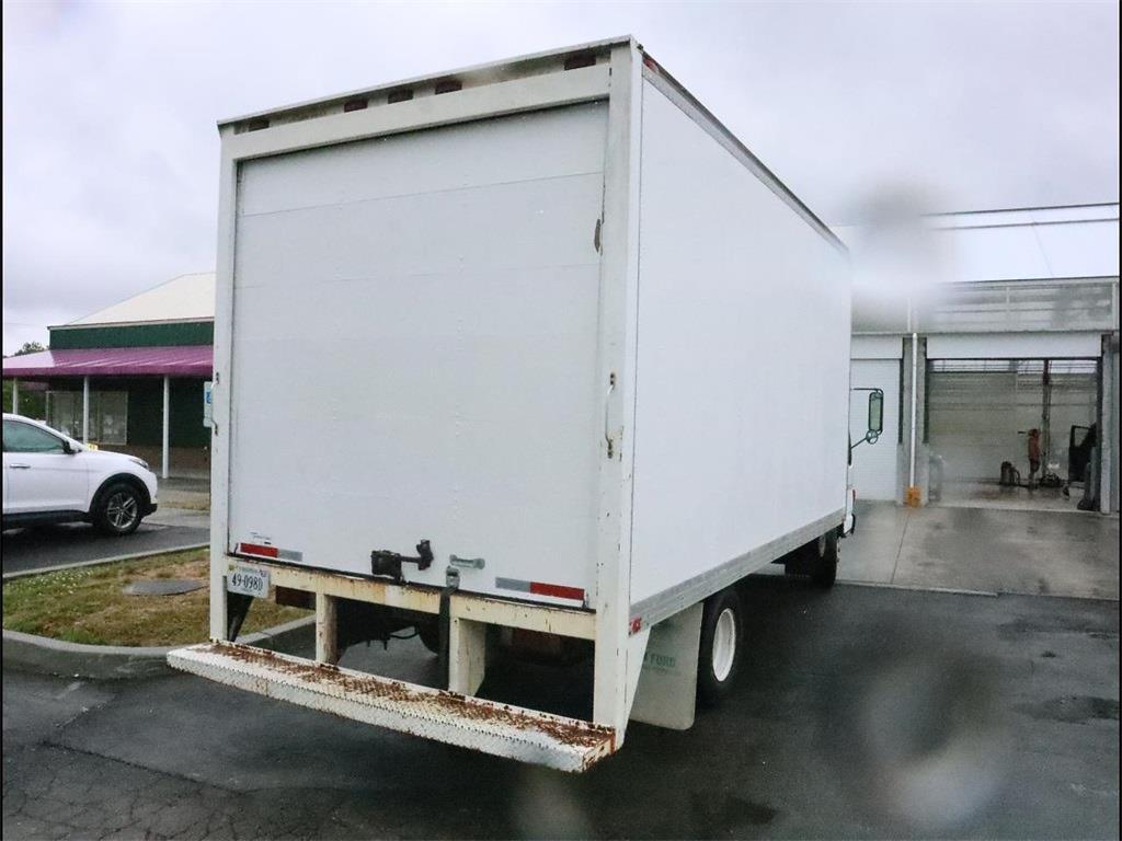 2002 Isuzu Truck 4x2, Dry Freight #C1688A - photo 1