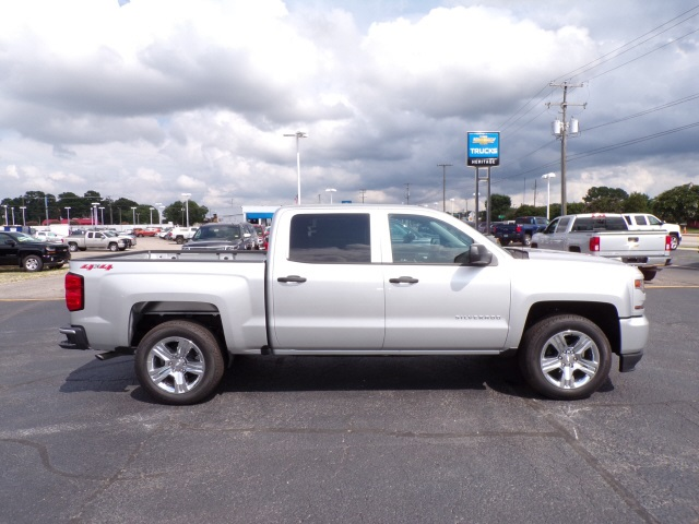 2018 Silverado 1500 Crew Cab 4x4,  Pickup #C1773 - photo 4