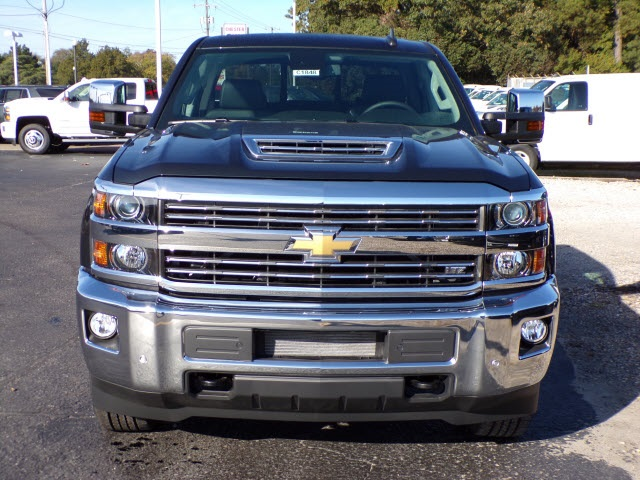 2019 Silverado 2500 Crew Cab 4x4,  Pickup #C1848 - photo 3