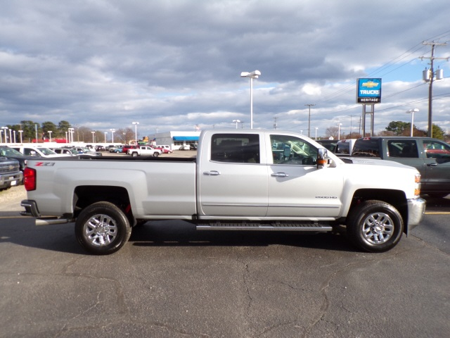 2019 Silverado 2500 Crew Cab 4x4,  Pickup #C1865 - photo 4