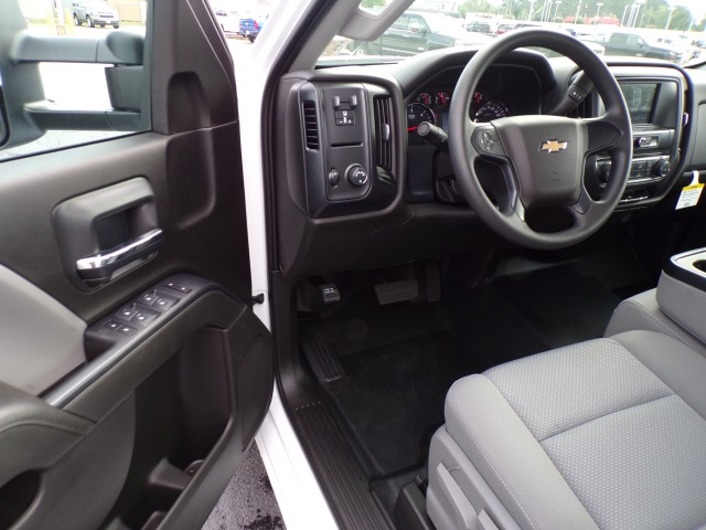 2019 Silverado 2500 Crew Cab 4x2,  Pickup #C1874 - photo 11