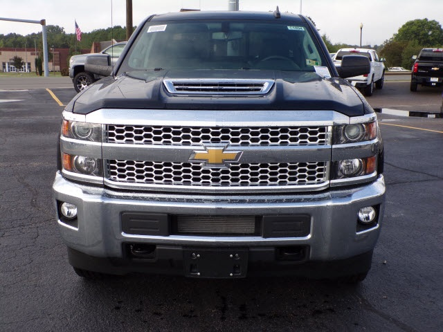 2019 Silverado 2500 Crew Cab 4x4,  Pickup #C1894 - photo 3