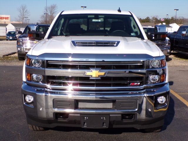 2019 Silverado 2500 Crew Cab 4x4,  Pickup #C2186 - photo 3