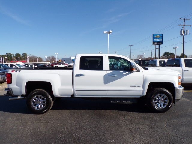 2019 Silverado 2500 Crew Cab 4x4,  Pickup #C2186 - photo 4