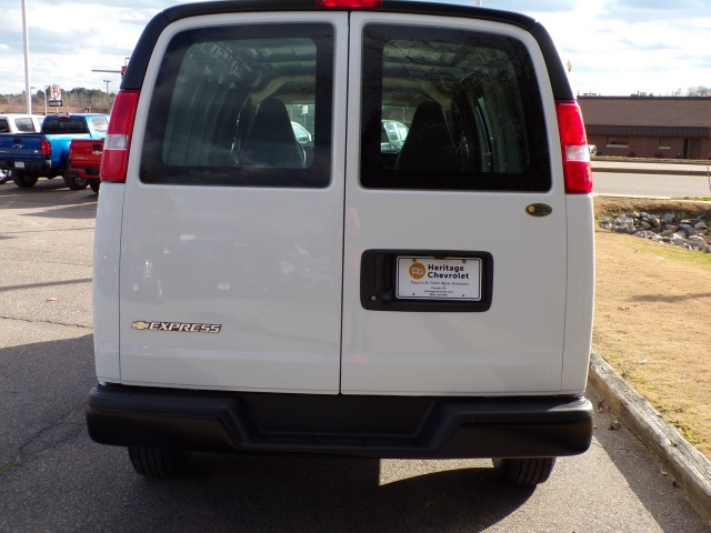 2019 Express 2500 4x2,  Empty Cargo Van #C2188 - photo 8