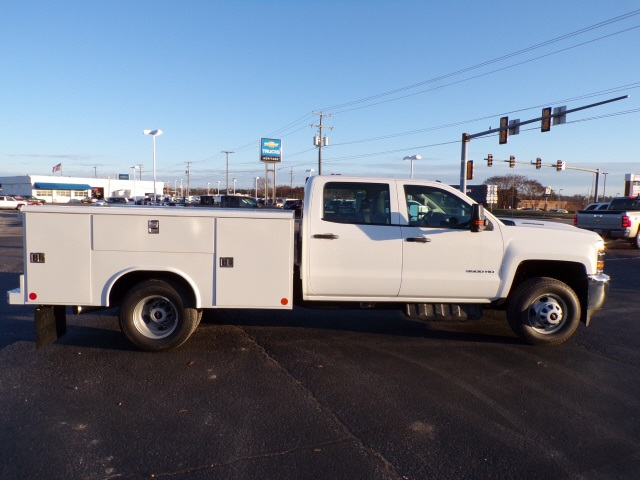 2019 Silverado 3500 Crew Cab DRW 4x4,  Reading Service Body #C2199 - photo 4