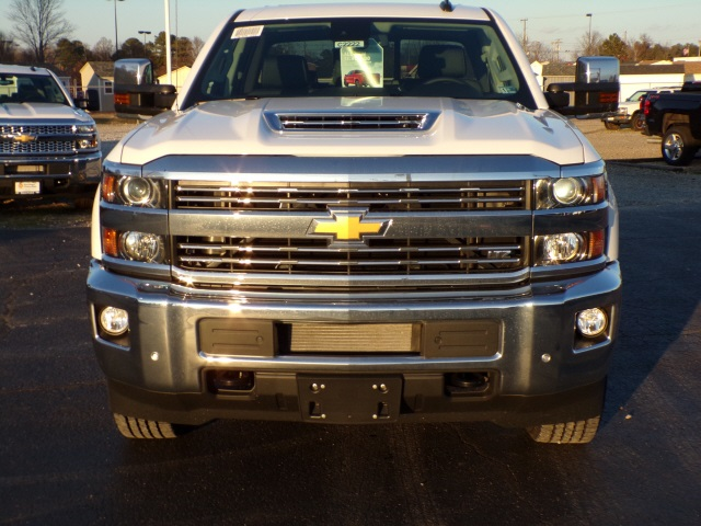 2019 Silverado 2500 Crew Cab 4x4,  Pickup #C2222 - photo 3