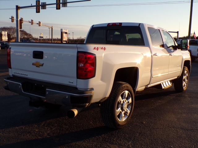 2019 Silverado 2500 Crew Cab 4x4,  Pickup #C2222 - photo 2