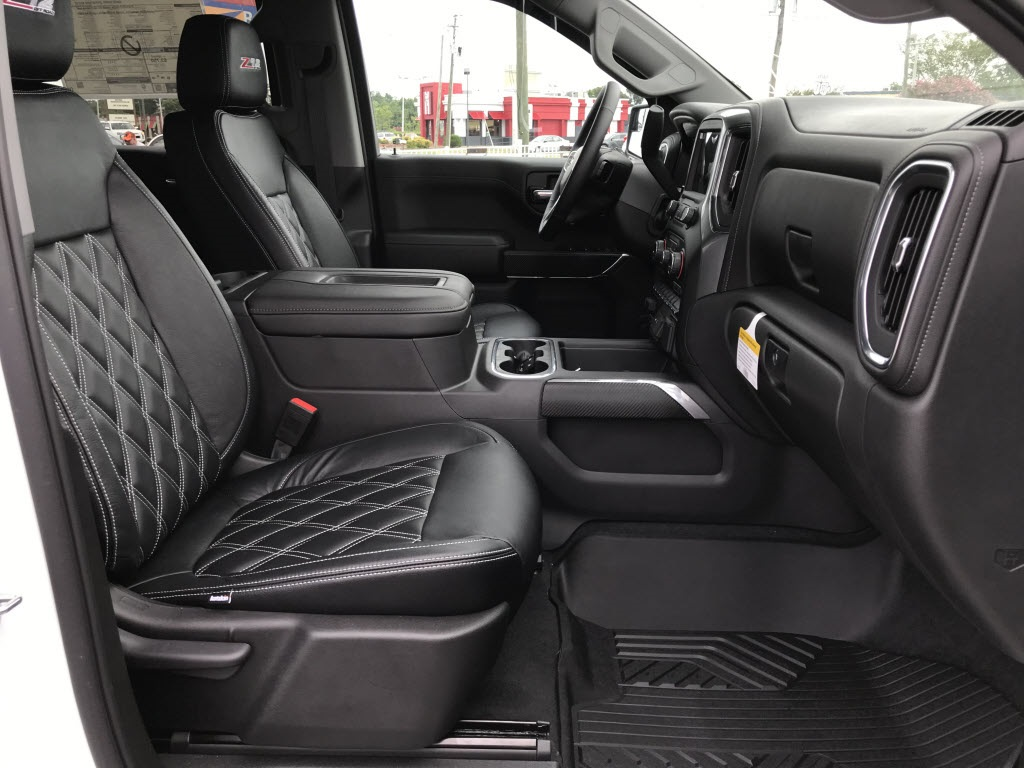 2020 Chevrolet Silverado 1500 Crew Cab 4x4, American Luxury Coach Pickup #C3144 - photo 10