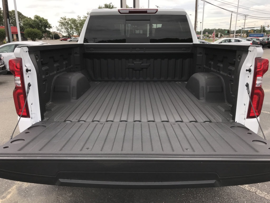 2020 Chevrolet Silverado 1500 Crew Cab 4x4, American Luxury Coach Pickup #C3144 - photo 15