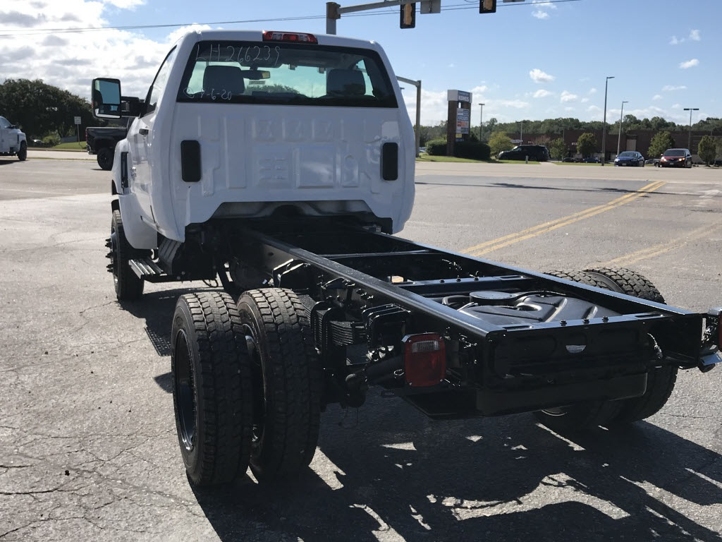 2020 Chevrolet Silverado 5500 Regular Cab DRW 4x4, Cab Chassis #C3278 - photo 2