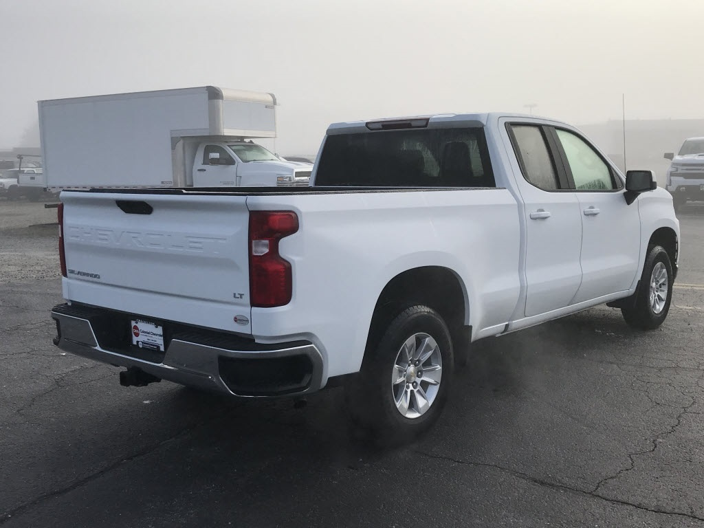 2020 Chevrolet Silverado 1500 Double Cab 4x2, Pickup #C3332 - photo 2