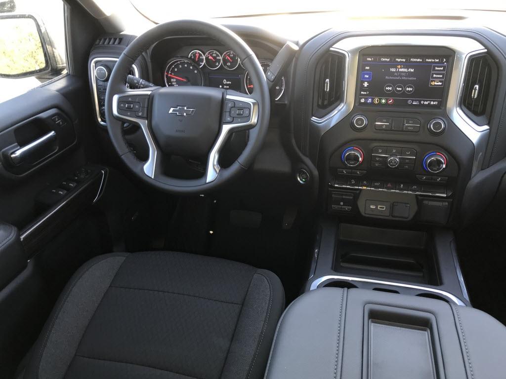 2020 Chevrolet Silverado 1500 Crew Cab 4x4, Pickup #C3333 - photo 11