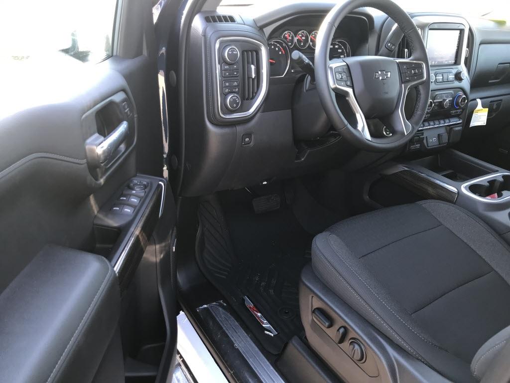 2020 Chevrolet Silverado 1500 Crew Cab 4x4, Pickup #C3333 - photo 13