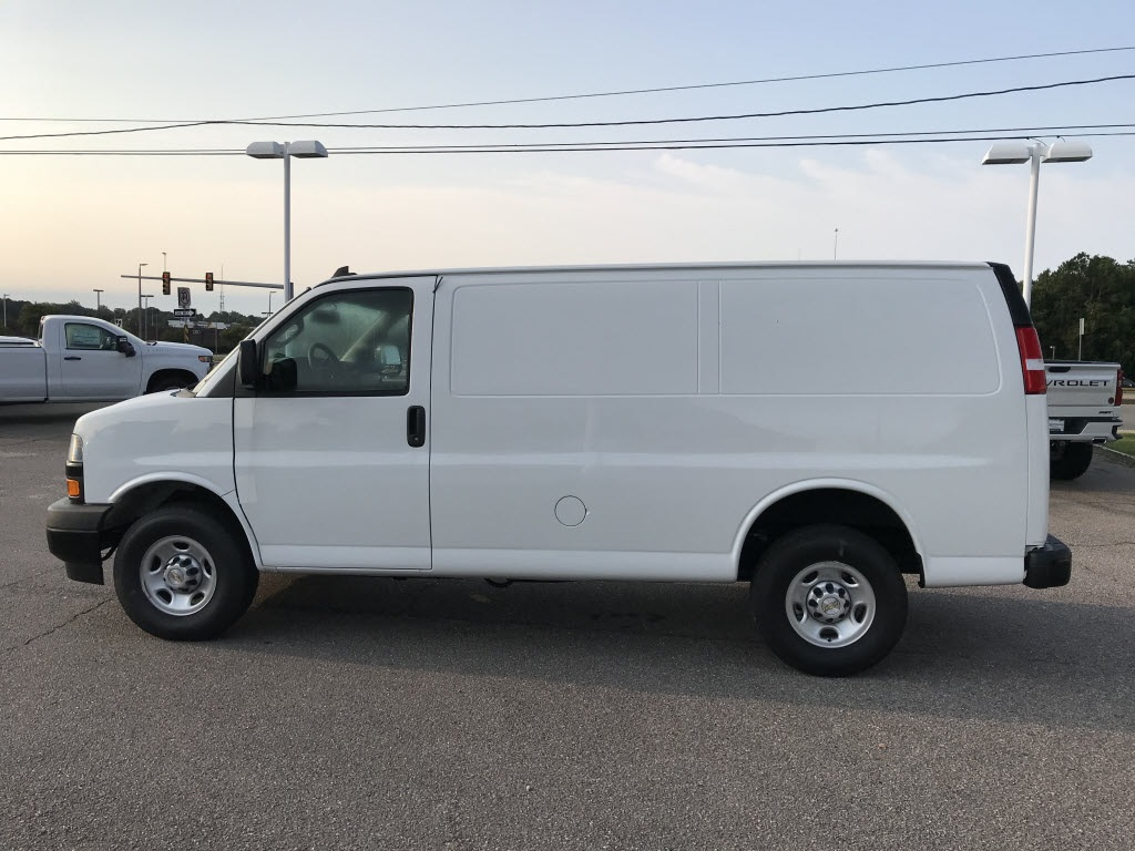 2020 Chevrolet Express 2500 4x2, Empty Cargo Van #C3374 - photo 7