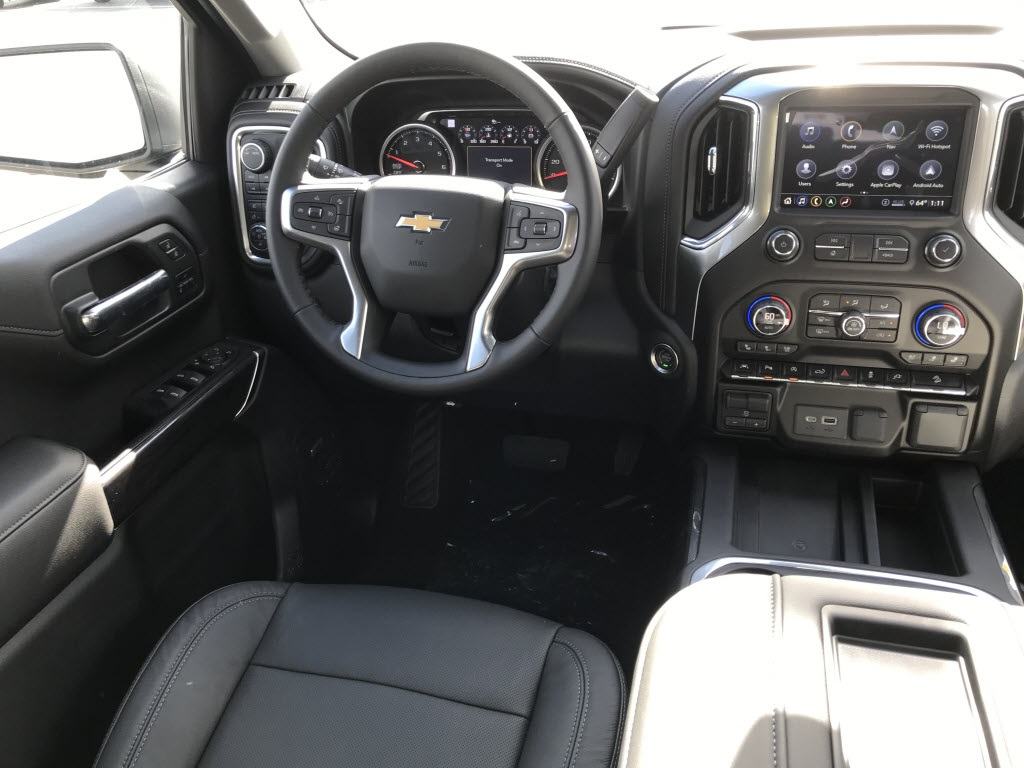 2020 Chevrolet Silverado 1500 Crew Cab 4x4, Pickup #C3409 - photo 12