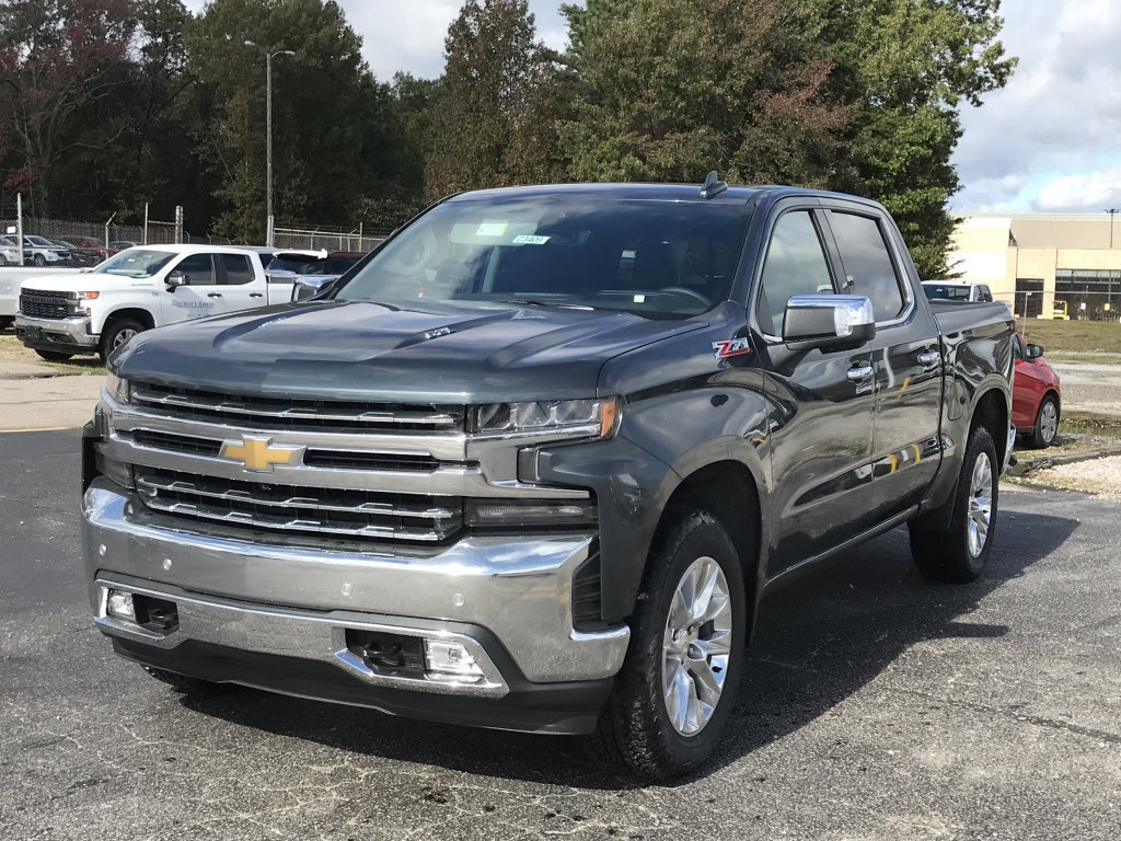 2020 Chevrolet Silverado 1500 Crew Cab 4x4, Pickup #C3409 - photo 5