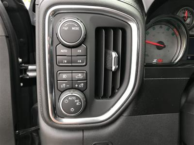 2020 Chevrolet Silverado 1500 Crew Cab 4x4, Pickup #C3417 - photo 18