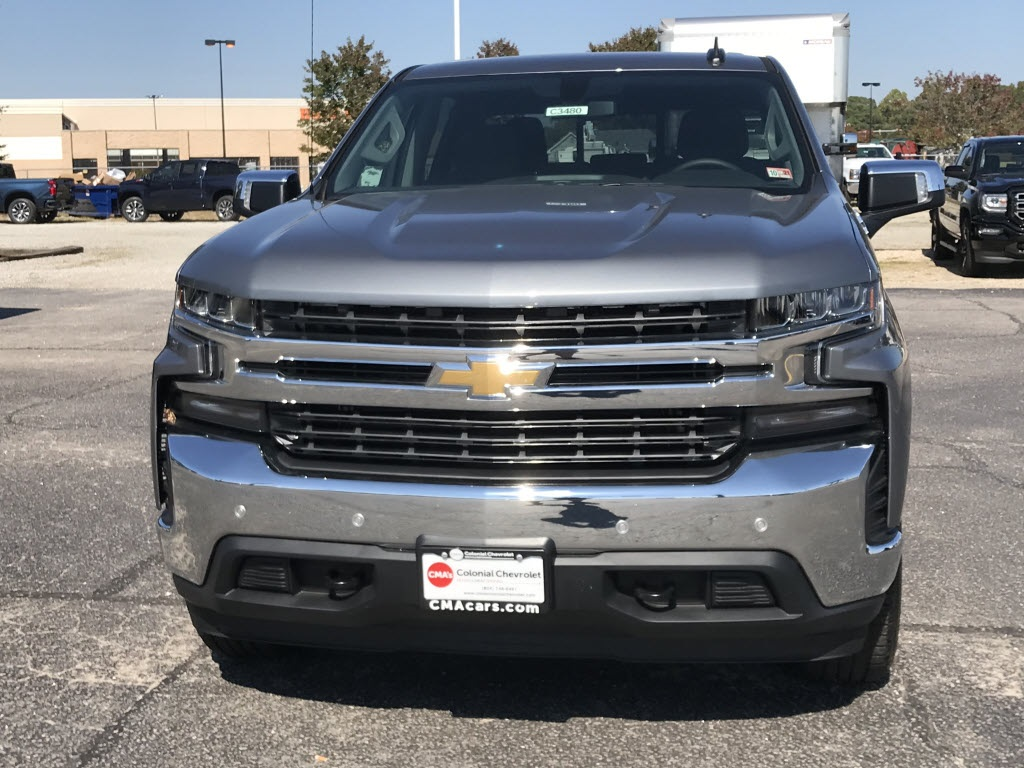 2020 Chevrolet Silverado 1500 Crew Cab 4x4, Pickup #C3480 - photo 3