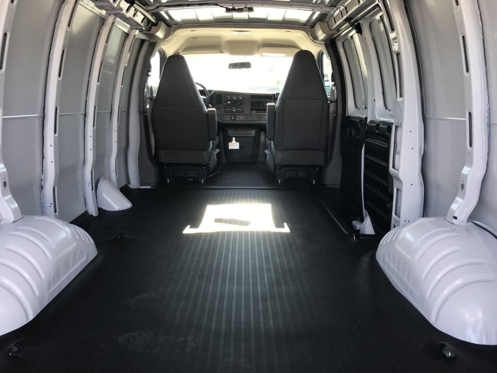 2021 Chevrolet Express 2500 4x2, Empty Cargo Van #C3529 - photo 2