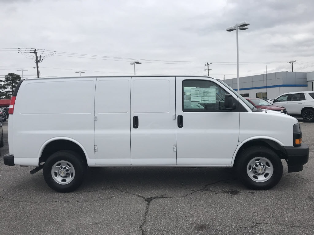 2021 Chevrolet Express 2500 4x2, Empty Cargo Van #C3531 - photo 10