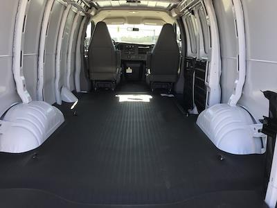 2021 Chevrolet Express 2500 4x2, Empty Cargo Van #C3532 - photo 2