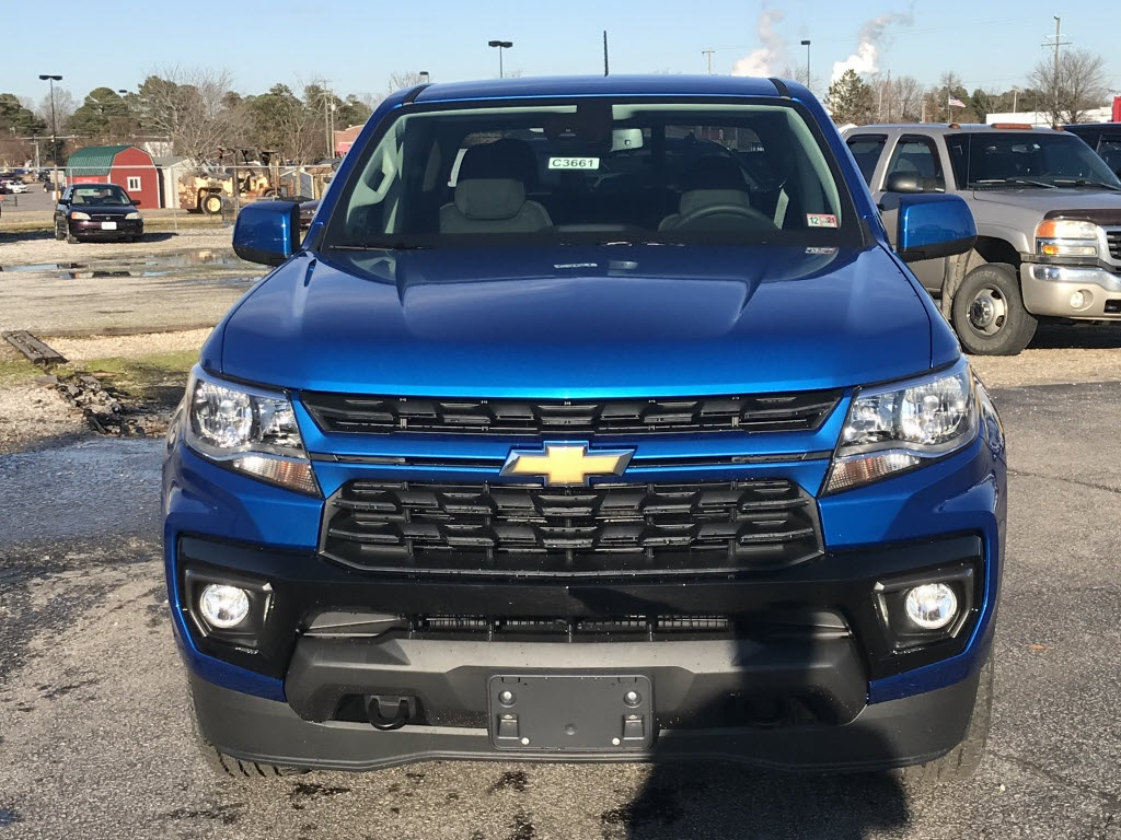 2021 Chevrolet Colorado Crew Cab 4x4, Pickup #C3661 - photo 3