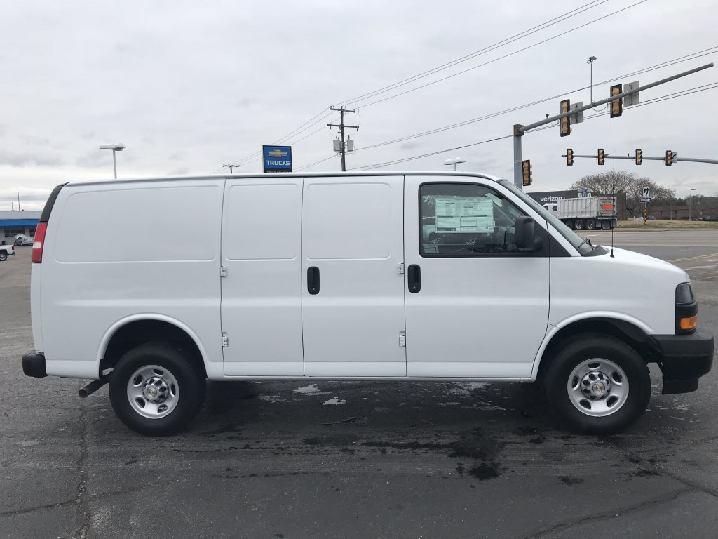 2021 Chevrolet Express 2500 4x2, Empty Cargo Van #C3679 - photo 10