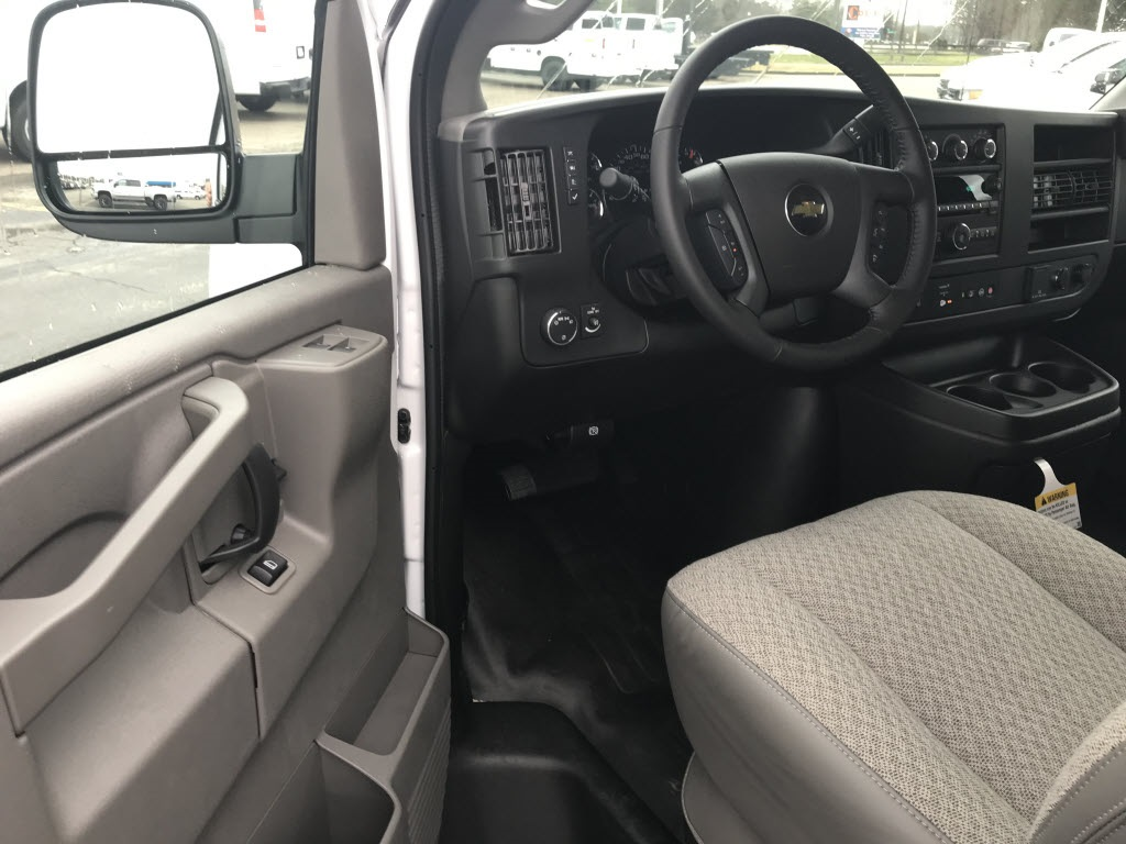 2021 Chevrolet Express 2500 4x2, Empty Cargo Van #C3687 - photo 17