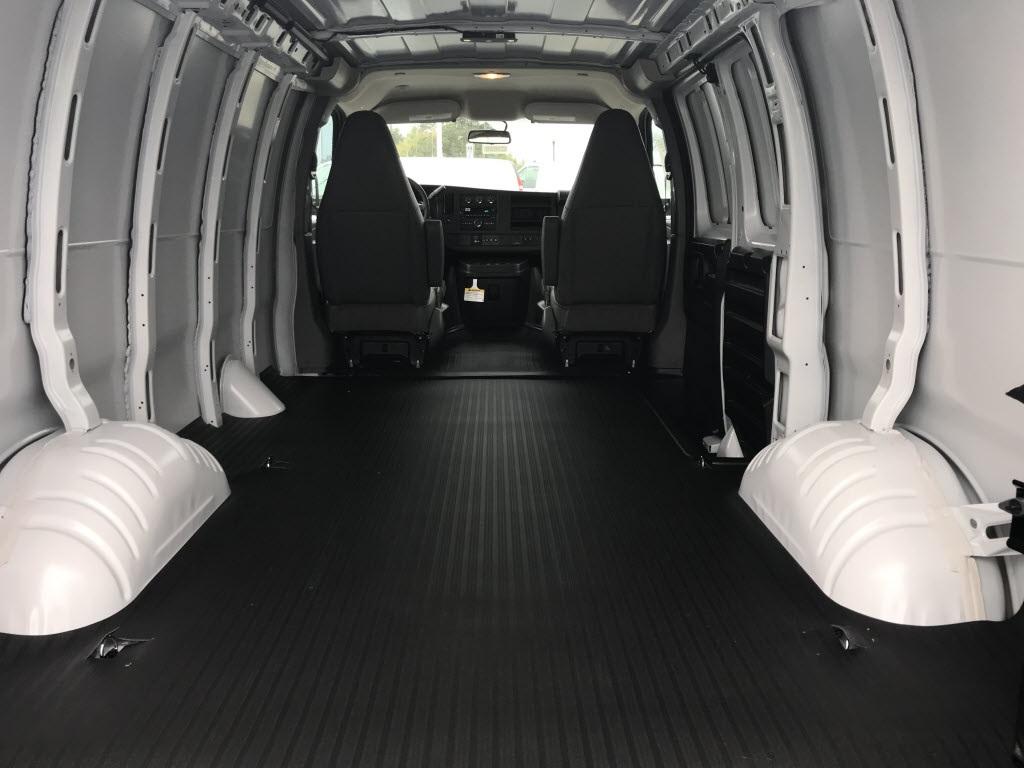2021 Chevrolet Express 2500 4x2, Empty Cargo Van #C3688 - photo 2