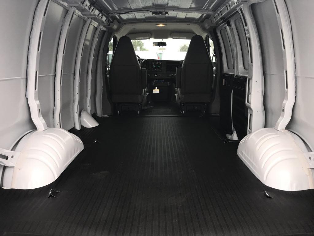 2021 Chevrolet Express 2500 4x2, Empty Cargo Van #C3690 - photo 2
