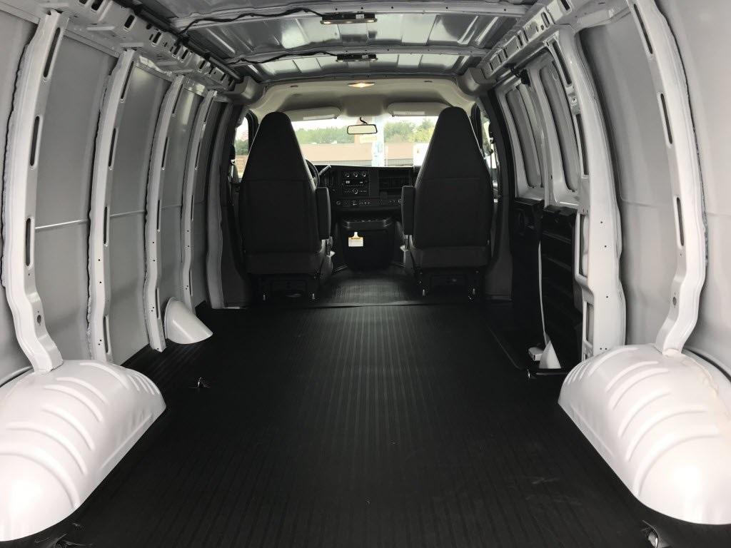 2021 Chevrolet Express 2500 4x2, Empty Cargo Van #C3691 - photo 2