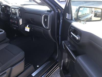 2021 Chevrolet Silverado 1500 Double Cab 4x4, Pickup #C3769 - photo 10