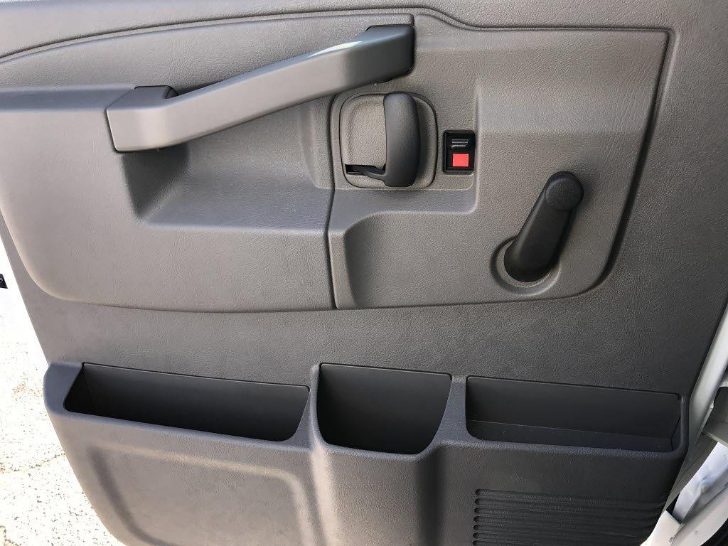 2020 Chevrolet Express 3500 4x2, Cutaway #C3772 - photo 20