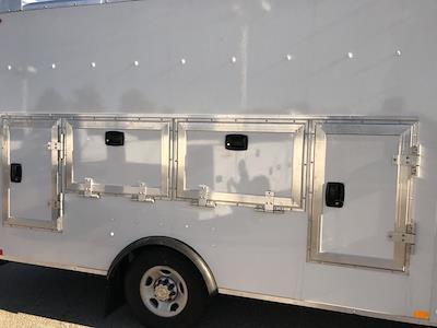 2020 Chevrolet Express 3500 4x2, Cutaway #C3772 - photo 12