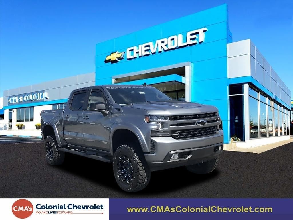 2021 Chevrolet Silverado 1500 Crew Cab 4x4, Pickup #C3856 - photo 1