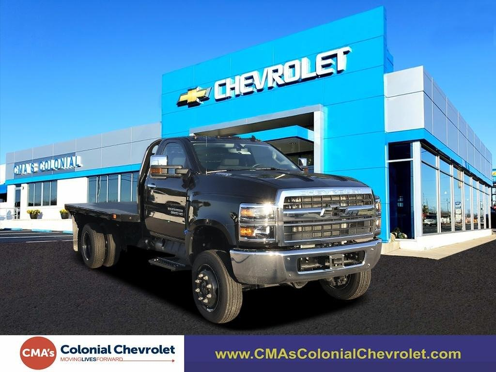 2021 Chevrolet Silverado 5500 Regular Cab DRW 4x4, Cab Chassis #C3888 - photo 1