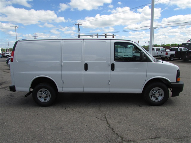 2017 Express 2500, Cargo Van #C512 - photo 4