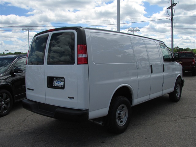 2017 Express 2500, Cargo Van #C512 - photo 8