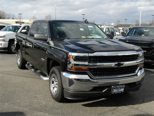 2017 Silverado 1500 Crew Cab 4x4, Pickup #C590 - photo 4