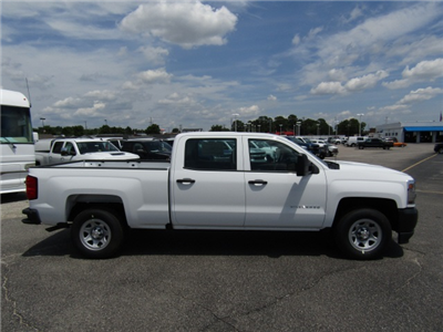2017 Silverado 1500 Crew Cab 4x2,  Pickup #C750 - photo 4