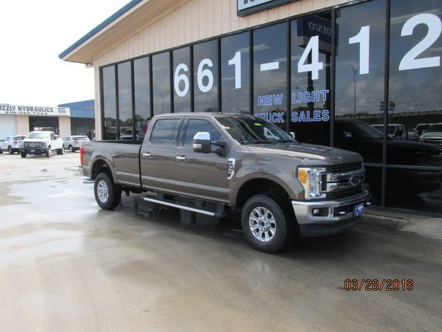 2017 F-350 Crew Cab 4x4, Pickup #170086 - photo 3