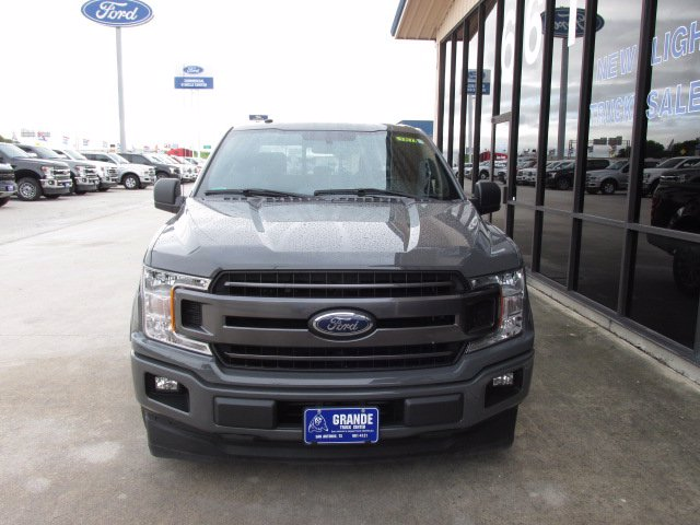 2018 F-150 SuperCrew Cab 4x2,  Pickup #180112 - photo 3