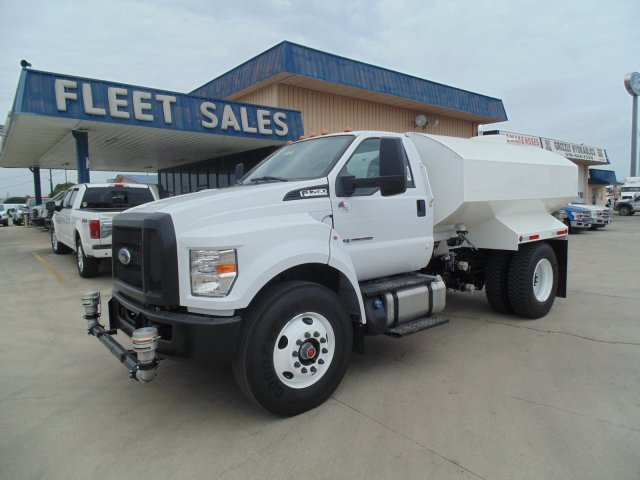 2019 Ford F-750 Regular Cab DRW 4x2, ETTS - East Texas Truck Systems Water Truck #197079 - photo 1